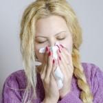 「本当に風邪?」鼻水が止まらない原因と7つの対処法